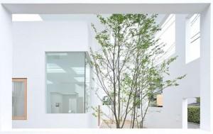 Japonyada-Beyaz-Bir-Ev-House-N-18